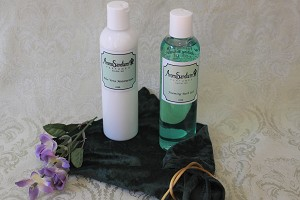 8oz aloe moisturizer & bath gel